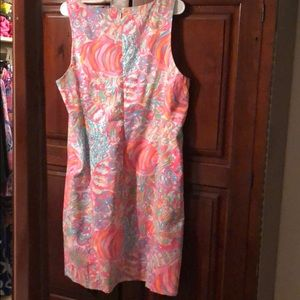 c643478dbd1f02 Lilly Pulitzer Dresses - NWT Lilly Pulitzer Ryder Shift in Swish Fish